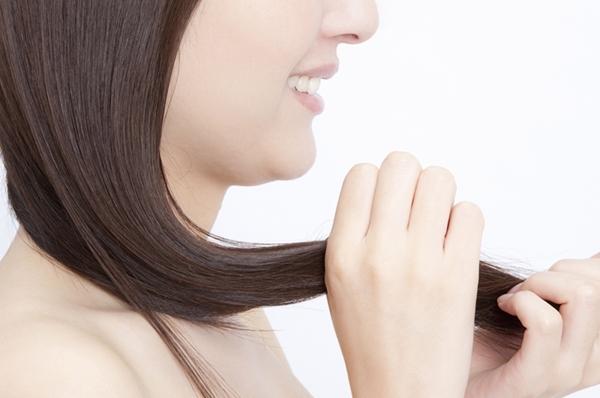 ヘアドライヤーできれいに髪を乾かす方法
